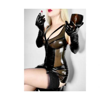 Submissive Angela for the Dominant Man