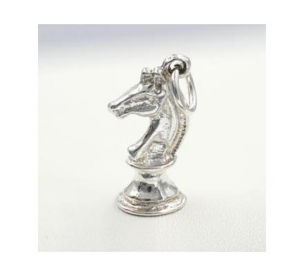 KNIGHT - HORSE CHESS CHARM