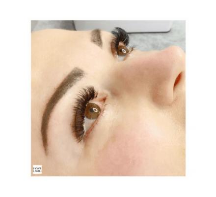 Fancy Lash: Professional 3D Eyelash Extensions in Sydney - Visit Us Today!