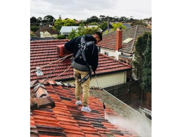 Get Best Roof Washing in Melbourne - Himalayas Services Group