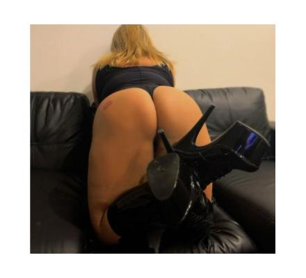 Beautiful extra busty, Blonde, blue eyed, 20 year old curvaceous Aussie Alexis is available Now PH96