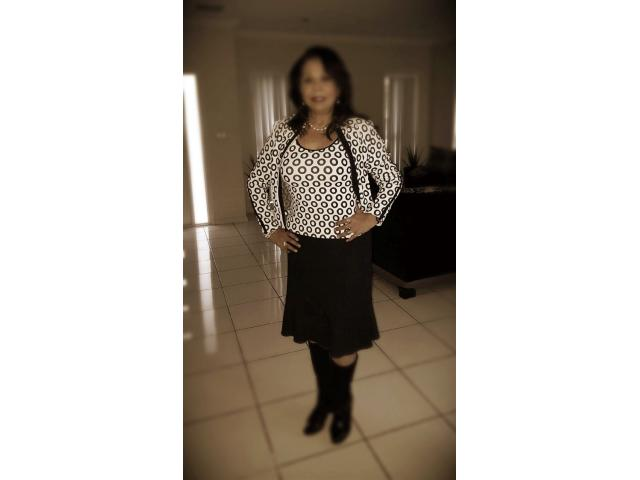 Mature Colombian woman for Mature Gentlemen only