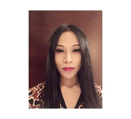 Well Educated Ladyboy/Shemale Providing Quality Massage in CBD