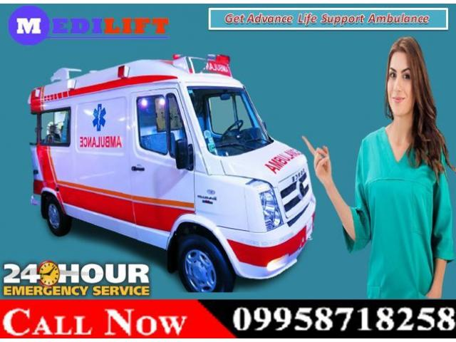 Get Medilift ICU Road Ambulance Service in Adarsh Nagar, Ranchi for Patient Transfer