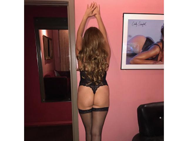 Cum play with sexy ladies at City Rose Kingsford till 5am ph 96621622