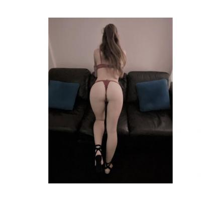 SEXY 22 YR OLD Italian STUNNER with a very dirty mind …..