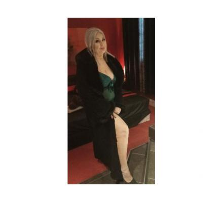 SANDY - MILF loves to get wild! \GFE / TOYS SPECIAL $250 FOR 1 HOUR