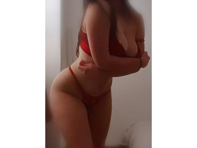 19 YEARS OLD! Sexy Australian half Russian seductress available ????