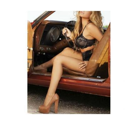 Home Delivery!! - Young & Mature Aussie Escorts to Perth Areas