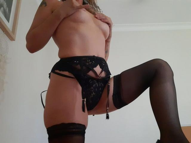 MEG Passionate Girlfriend Experience New to Industry Escort