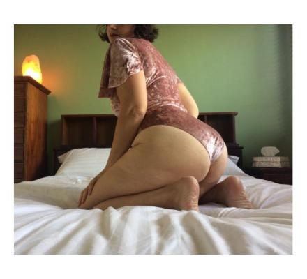 sensual cheeky lover ♡ cute curvy hairy ♡ massage squirting anal