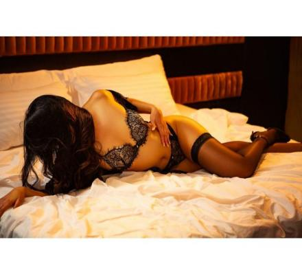 Nina Stone - 0475 719 668 - Free-Spirited Vixen - Hedonist With a Wild Side