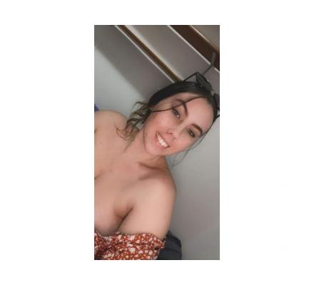 Young huge tits looking for fun