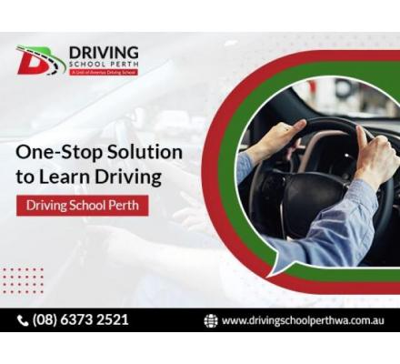 Register now for the driving lessons with the driving instructor Perth.
