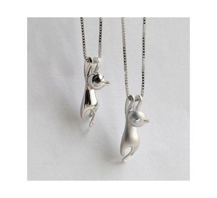 New Beautiful Fashion Silver Plated Necklace Tiny Cute Cat Pendant