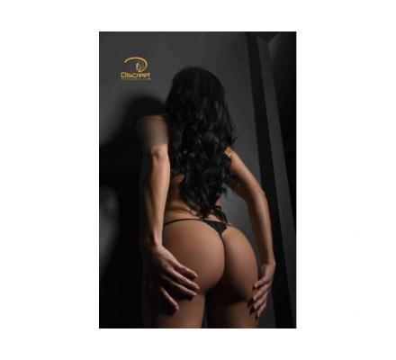 DISCREET ESCORTS your place or ours