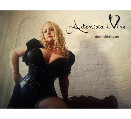 Slave, Submissive & Maid Training with Pro Dom Artemisia de Vine