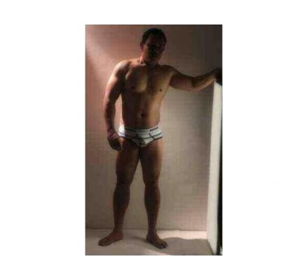 QUALITY sensual  male to male massage