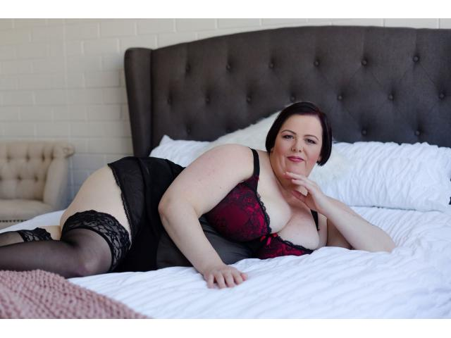 Krissy Smith - Your Voluptuous BBW Lover