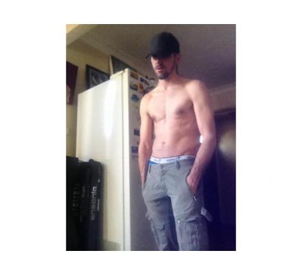 ALISTAR: 0416522809. 1 WEEK ONLY!! Tall Masculine Scottish Wog providing XXX services