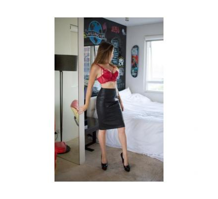 Petite Pocket Rocket - Part time escort available tonight hotel incalls 7-10pm
