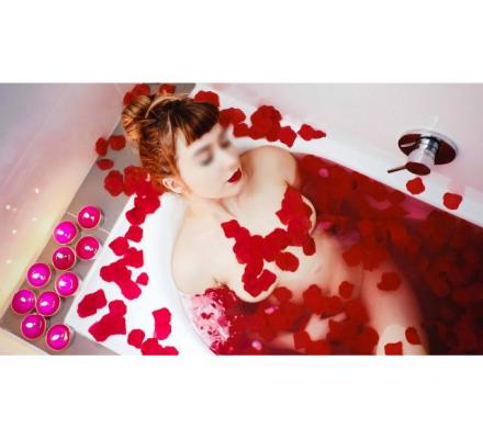 OUTCALL AROUND CBD! Sensual massage at your hotel or home!