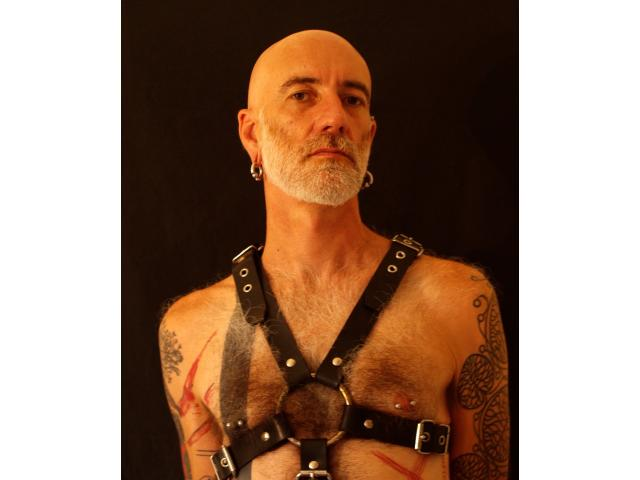 Looking for online daddy bdsm