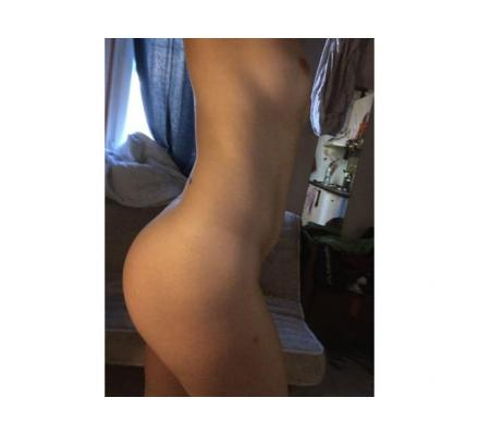 Sexy Open Minded Young French Girl - Incalls