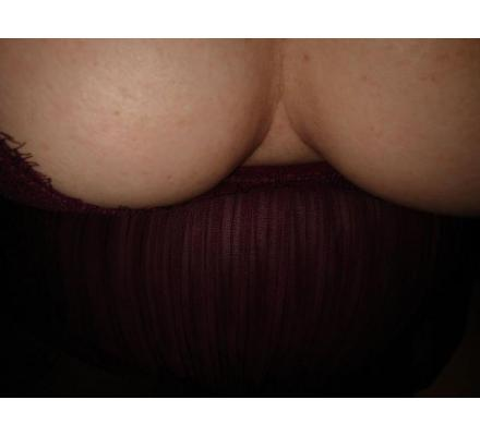 Voloptouis Busty Blonde outcalls northern beaches