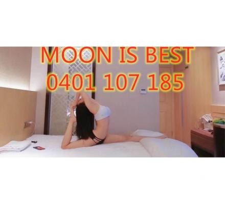 MOON Real photos New here Tight at southport